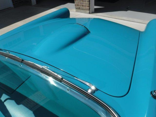 1956 FORD THUNDERBIRD HARD TOP / CONVERTIBLE - Photo