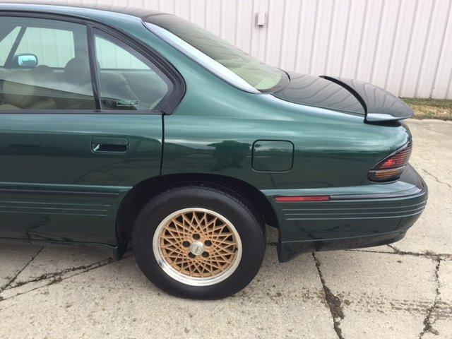 1994 PONTIAC BONNEVILLE SSEI SSEI SUPER CHARGED, SUN ROOF, LEATHER INTERIOR - Photo