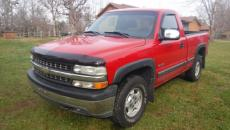 2001 CHEVROLET SILVERADO SHORT BOX 4X4 V8 AUTO