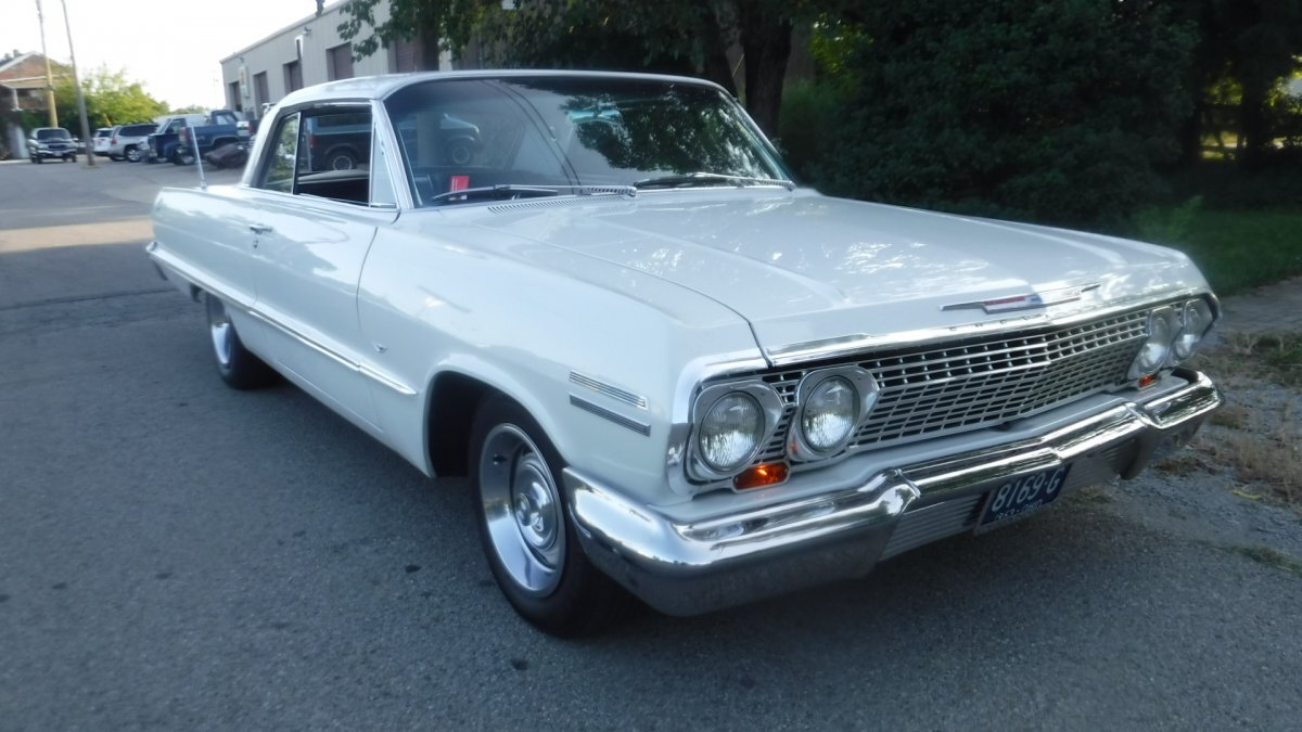 1963 CHEVROLET IMPALA SUPER SPORT in Milford, OH