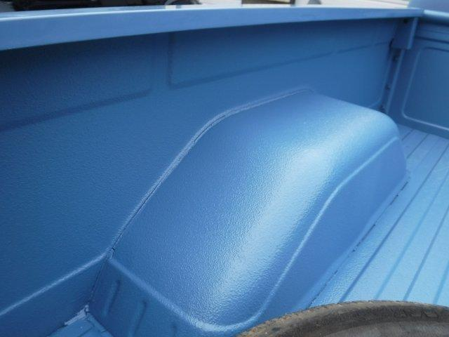1985 CHEVROLET SILVERADO 1/2 TON SHORT BOX V8, AUTO, - Photo