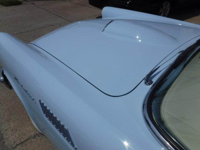1957 FORD THUNDERBIRD HARD TOP CONVERTIBLE - Photo