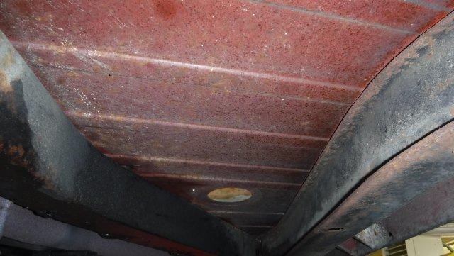 1976 TRIUMPH TR6 TONNAU AND SOFT TOP - Photo