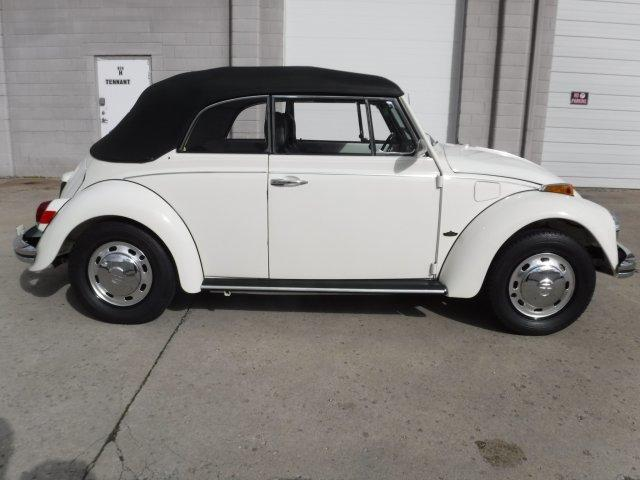 1970 VOLKSWAGEN BEETLE CONVERTIBLE - Photo