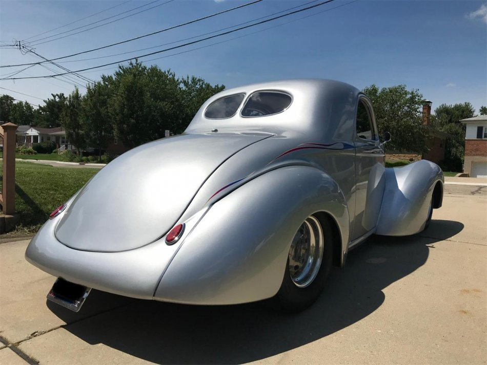 1941 Willys Overland Coupe - Photo
