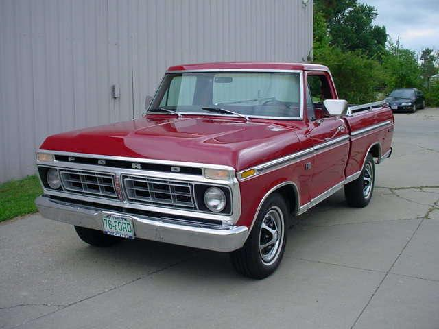 1976 FORD F-150 TRUCK RANGER XLT SHORT BOX in Milford, OH
