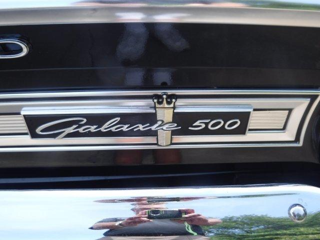 1964 FORD GALAXIE 500 SPORT ROOF, Z CODE 4 SPEED - Photo