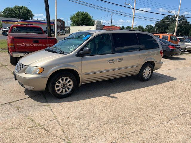 2003 CHRYSLER TOWN & COUNTRY LXI