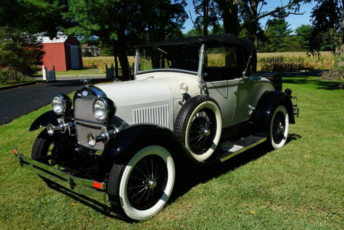 1928 FORD MODEL A REPLICA YESTERDAYS LOOK TODAYS PERFORMENCE FACTORY BUILT SHAY SUPER DELUX for sale in Monroe Twp, NJ