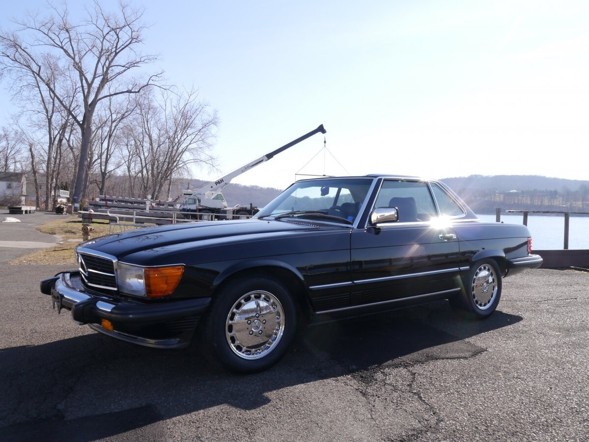 1988 Mercedes-Benz 560SL for sale in Portland, CT