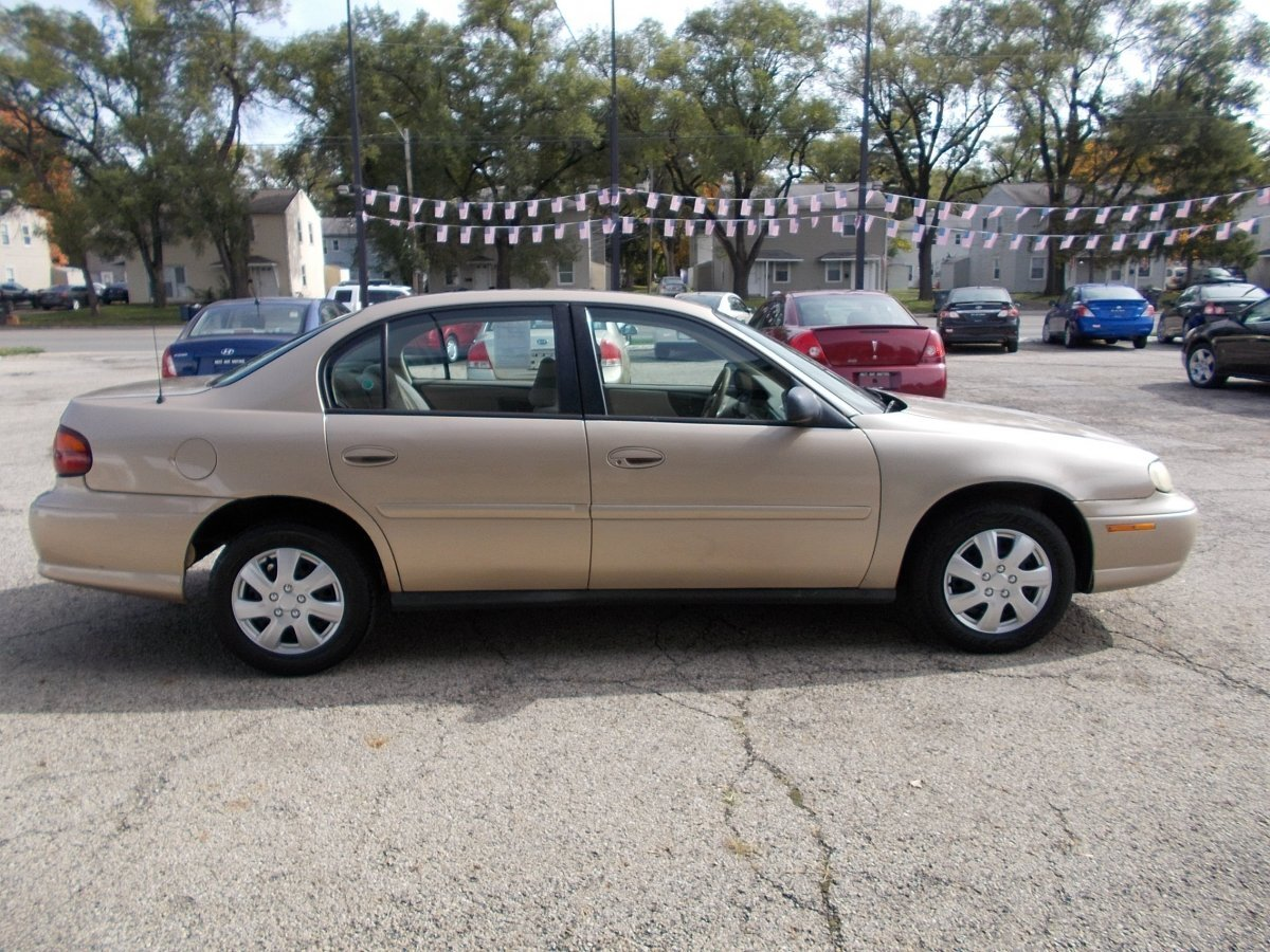 2003 CHEVROLET MALIBU Base for sale in Whitehall, OH