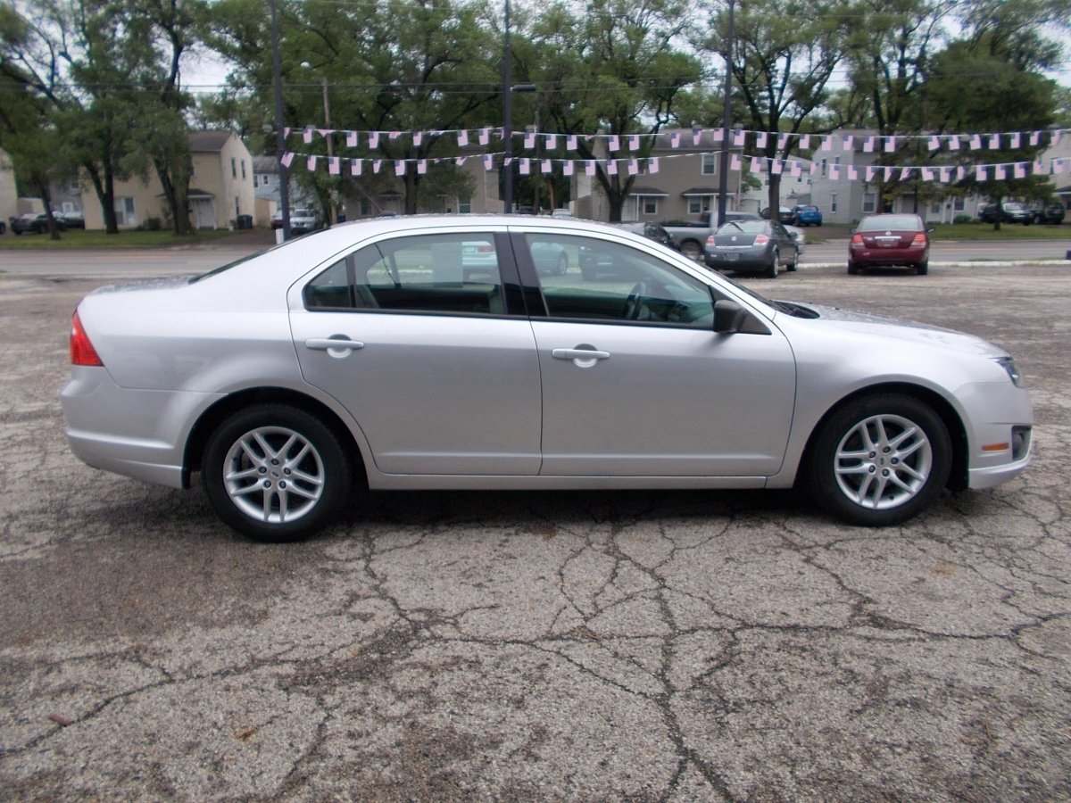 2012 FORD FUSION S for sale in Whitehall, OH