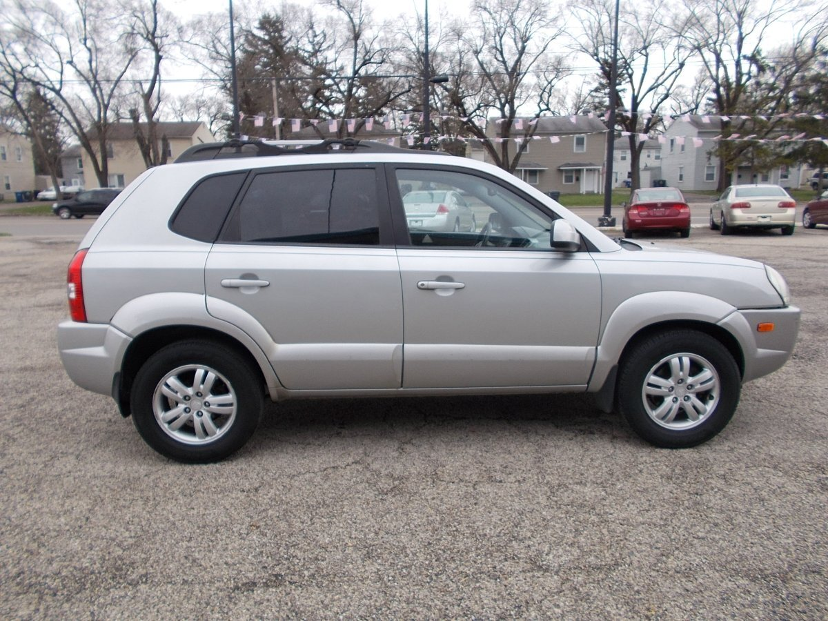 2007 HYUNDAI TUCSON for sale in Whitehall, OH