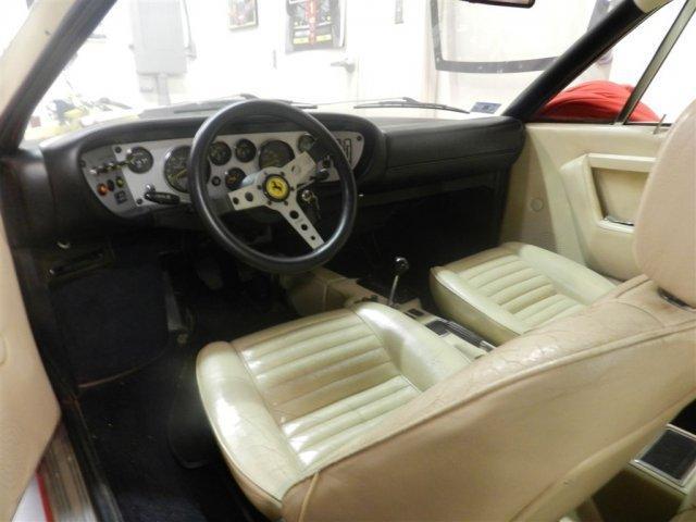 1975 FERRARI 308 GT4 - Photo